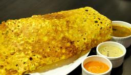 Rava_Dosa_with_chutny-2